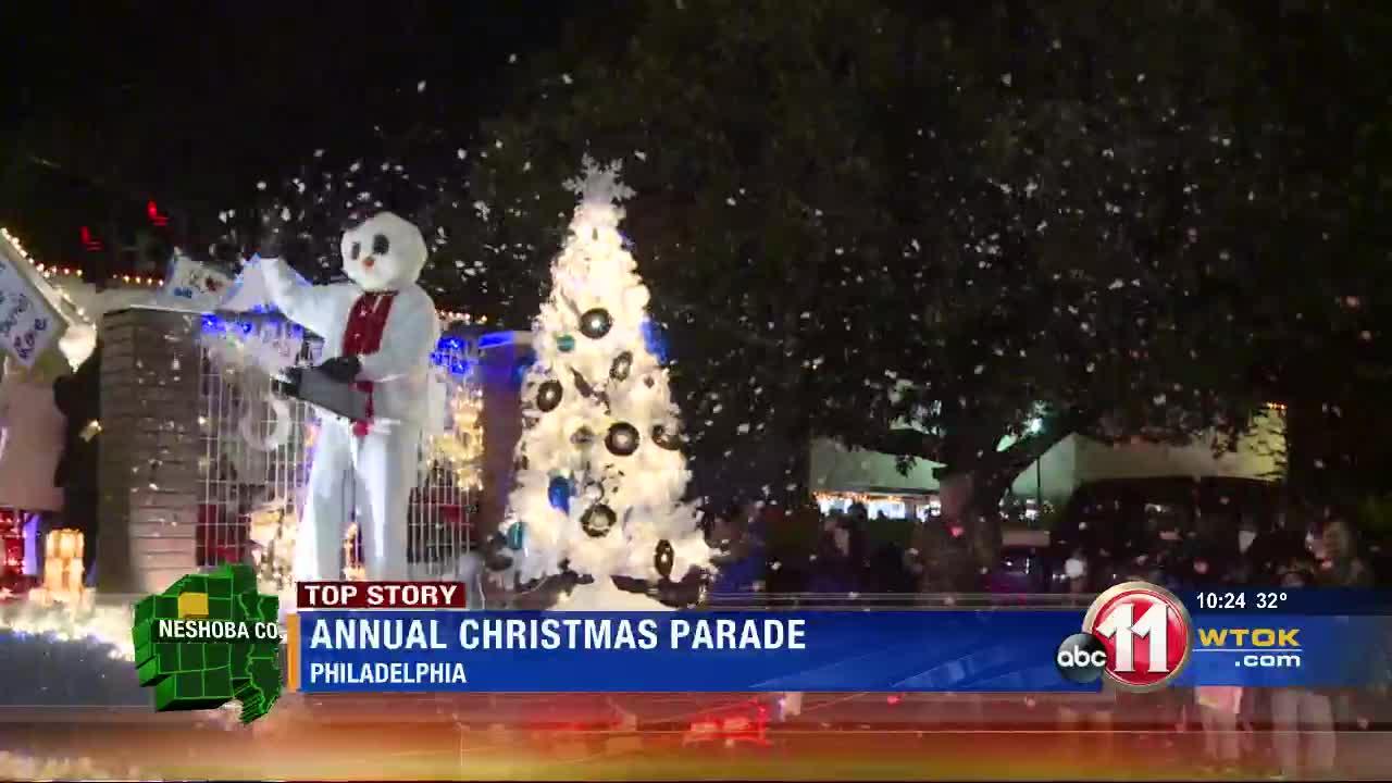 Gray Court Christmas Parade 2021 Philadelphia Hosts Christmas Parade Despite Pandemic